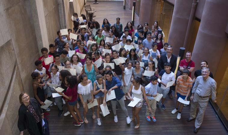 44 estudiantes de Barcelona se benefician de las \